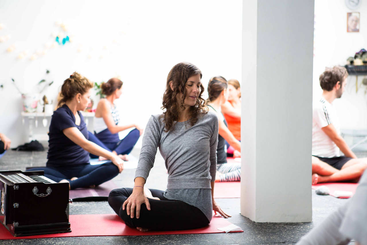 <CENTER>Yoga Studio</CENTER>