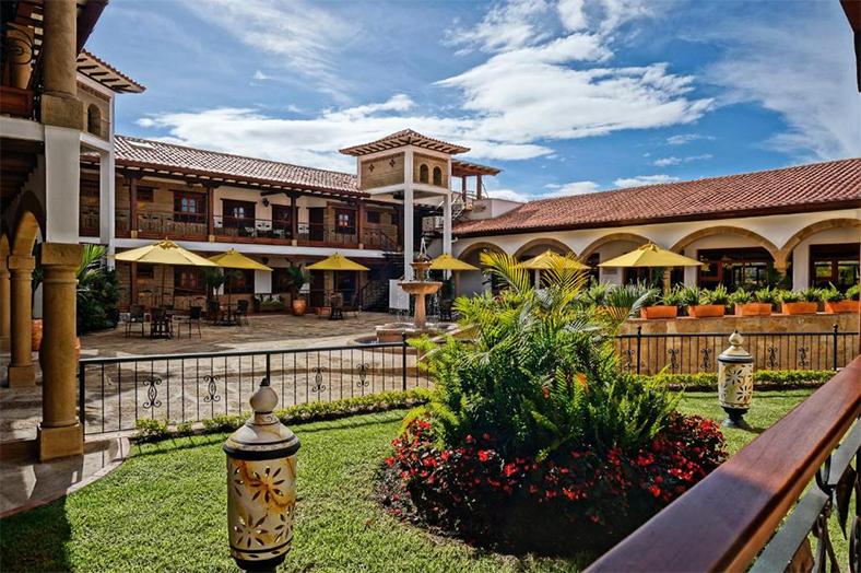 <center align>Hotel Campanario de La Villa</center align>