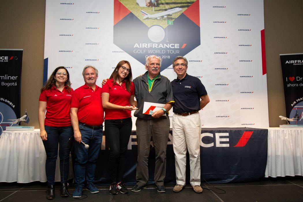 Verónica Chávez, Carlos Durán, Helen Rodríguez, Harald Klint y Gabriel García
