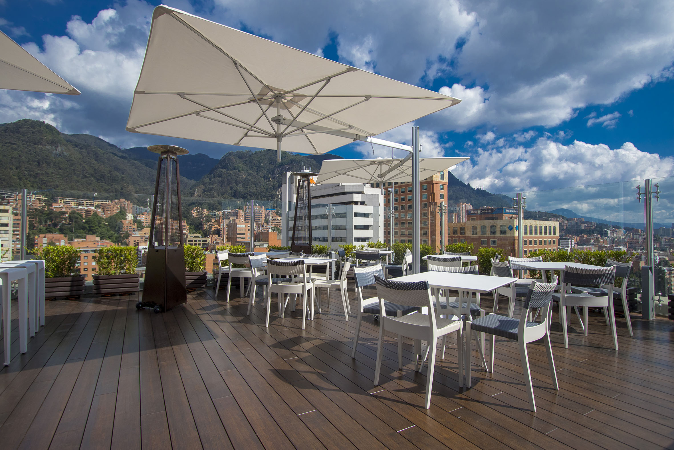 Hotel Hilton Bogotá Sky 15 Rooftop Lure Bogotá